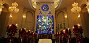 [ TOPICS / 提携チャペル情報 ] 教会での挙式プラン。挙式もパーティも、センティールで理想を叶える。